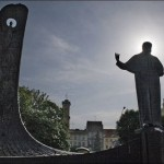 «По-классике…. Берем бутерброды, чай», – журналист Руслан Оруджев призывает «нормальных людей» прийти сегодня к памятнику Шевченко во Львове