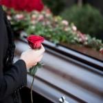 """""""Без последней исповеди и закопать как скотину"""": На Львовщине священник отказался бесплатно хоронить умершего"""
