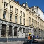 Крыша и фасад коммунального драмтеатра Городокский залатают за 10 млн грн