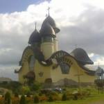 «Церковь третьего тысячелетия»: завершается 17-летнее строительство современного храма на Львовщине