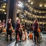 Во время благотворительного концерта во Львове собрали почти полмиллиона гривен для детей с особыми потребностями