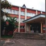 Львовская школа требует замены аварийных деревянных окон