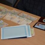 На Львовщине разоблачили чиновницу миграционной службы, которая вымогала деньги за «внеочередное» оформление документов