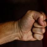 На Львовщине пьян отец избил семилетнего сына. Мальчика госпитализировали