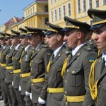 В Национальной академии сухопутных войск состоялся выпуск молодых офицеров (фото)