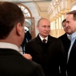 Медведчук купил и еще два украинских телеканала, – международный эксперт