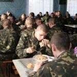 Свои на кухне: кто будет кормить военных на Яворивском полигоне