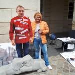 Экономический бойкотный движение передал Садового активистам, что собирают подписи за его отставку