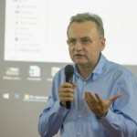 Андрей Садовый уже и в Ужгороде похвастался своим опытом успешного управления