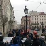 В центре Львова турок пытался совершить самоубийство (фото, видео)