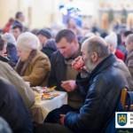 Во Львове состоится большой Рождественский обед с бездомными