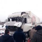 Водителя, в грузовике которого произошел взрыв, отправили в реанимацию