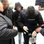 На взятке в 1 тысячу долларов США поймали чиновника ГСЧС (фото)