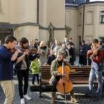 Во Львове возьмутся за уличных музыкантов. Исполнителей и репертуар будут отбирать онлайн