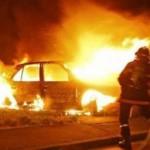Во Львове столкнулись два автомобиля, загорелся ВАЗ