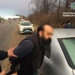 Во Львове задержали мошенников-иностранцев, которые ограбили пожилых супругов (фото)