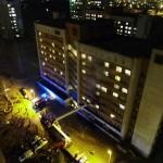 Студентов сгоревшего общежития во Львове временно переселили (фото, видео)