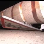 Львовянка на авто врезалась в бетонную опору. Есть пострадавшие