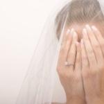 Как за месяц до свадьбы остаться без платья? Женщины массово жалуются на свадебный салон
