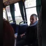 В Львове неадекватный пассажир снимал на фото ребенка и скандалил с людьми