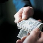 Экс-чиновника Львовского горсовета оштрафовали на 850 гривен за $7 тысяч взятки