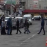 На Львовщине перекрыли улицу: «Делайте дороги, а не фонтан!»
