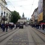 Предприниматели, которые протестовали под Ратушей, предлагают блокировать бизнес семьи Садового