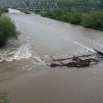На Львовщине в реку упал мост