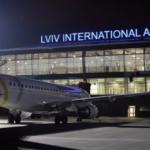Более сотни людей стали заложниками в львовском аэропорту