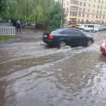 """Львов """"поплыл"""" из-за ливня (фото, видео)"""