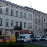 Во Львове патрульные поймали минера, еще когда он держал в руках телефонную трубку (фото)
