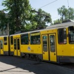 Во Львове просят отремонтировать старые трамвайные пути и достроить их на Научной