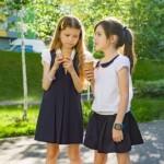 Украинцы просят Президента отменить школьную форму