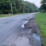 Аварийный участок на повороте дороги к Брюхович привели в порядок