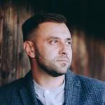 Игорь Зинкевич: «Я решил €? «Стоит» идти и менять жизнь в нашей стране лучше»