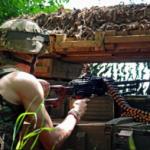 На Донбассе погиб военный, еще трое €? ранены