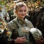 Собратья называют ее Романовна: В зоне ООС воюет девушка-морпех со Львова